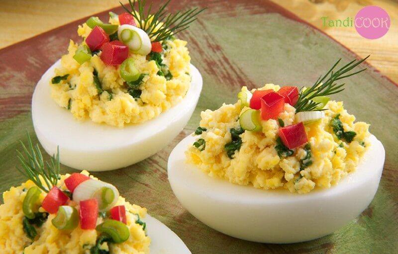 Фаршировані яйця з часниково-сирною начинкою