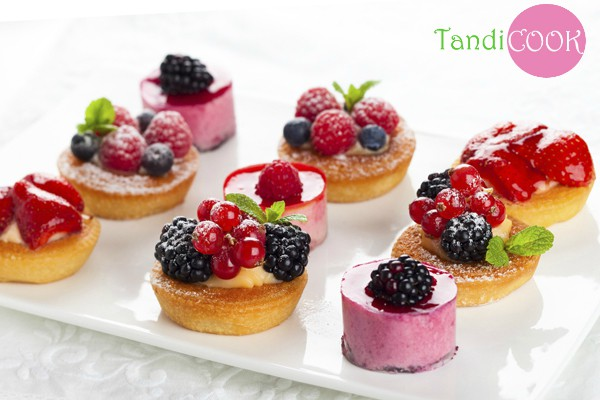 Десерти з фруктів: 8 найсмачніших рецептів