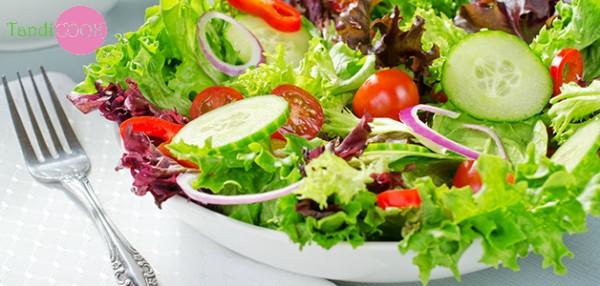 Весняні салати: 5 простих та швидких рецептів