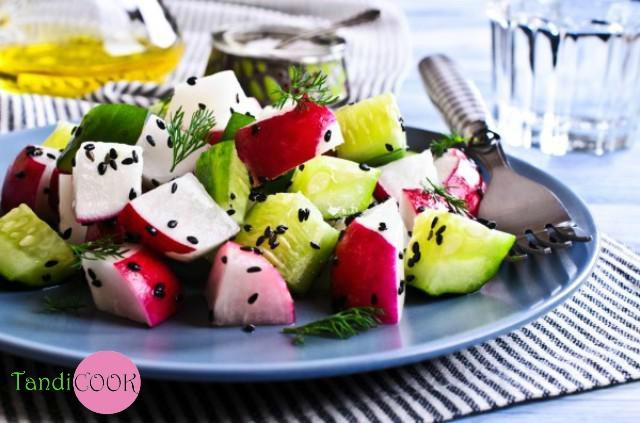 Салат з редиски з фетою