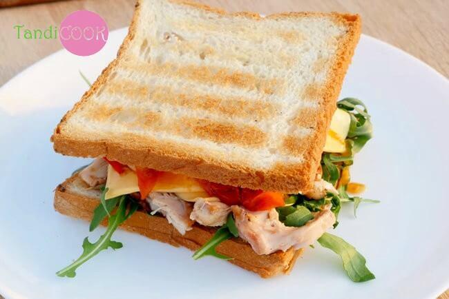 Сендвіч з куркою (на 2 порції)