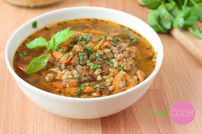 Турецький суп з сочевицею, рисом і булгуром